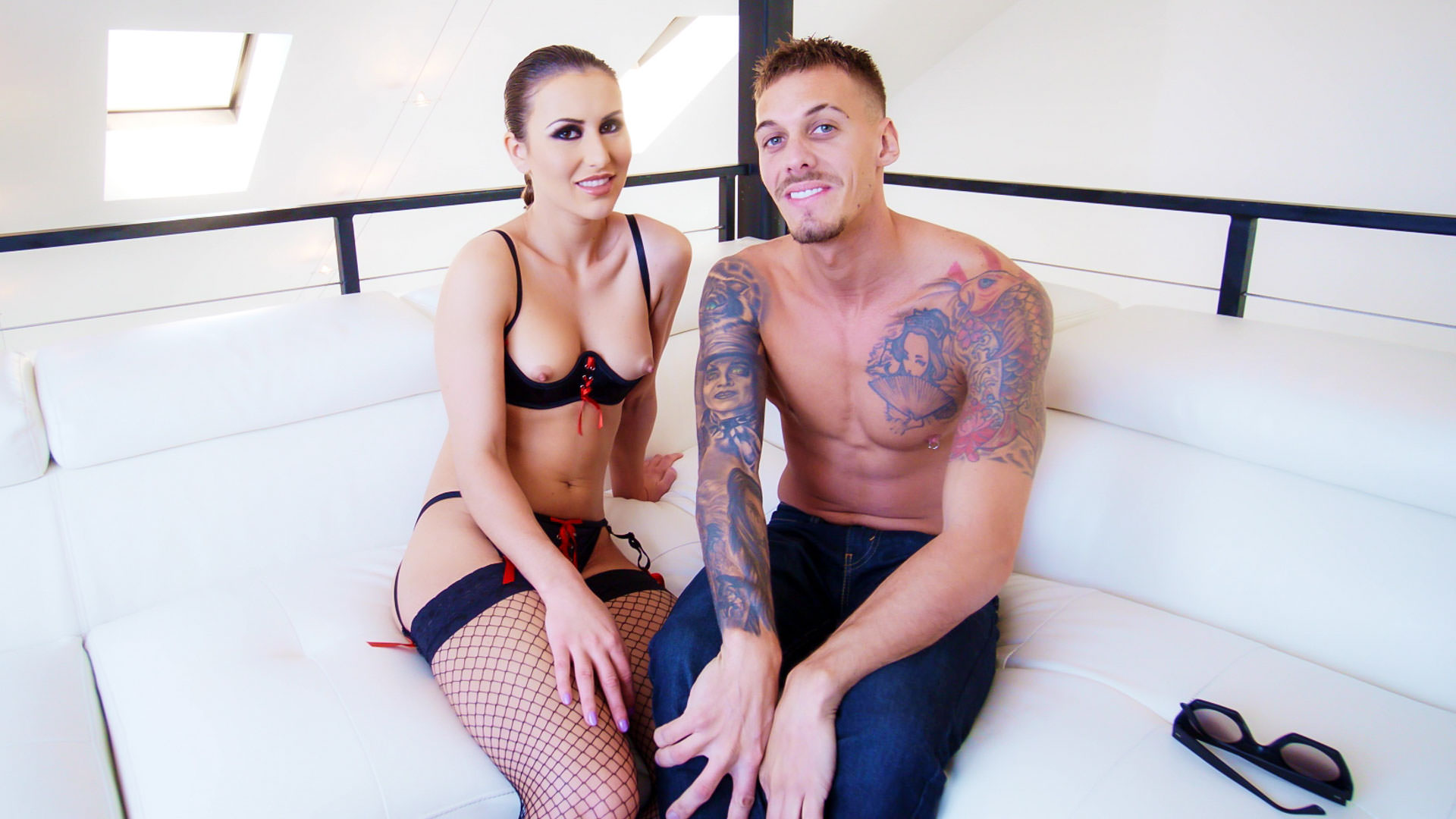 BTS-Paige Owens: Oil-Soaked Anal Gaping - Chris Diamond & Paige Owens 1
