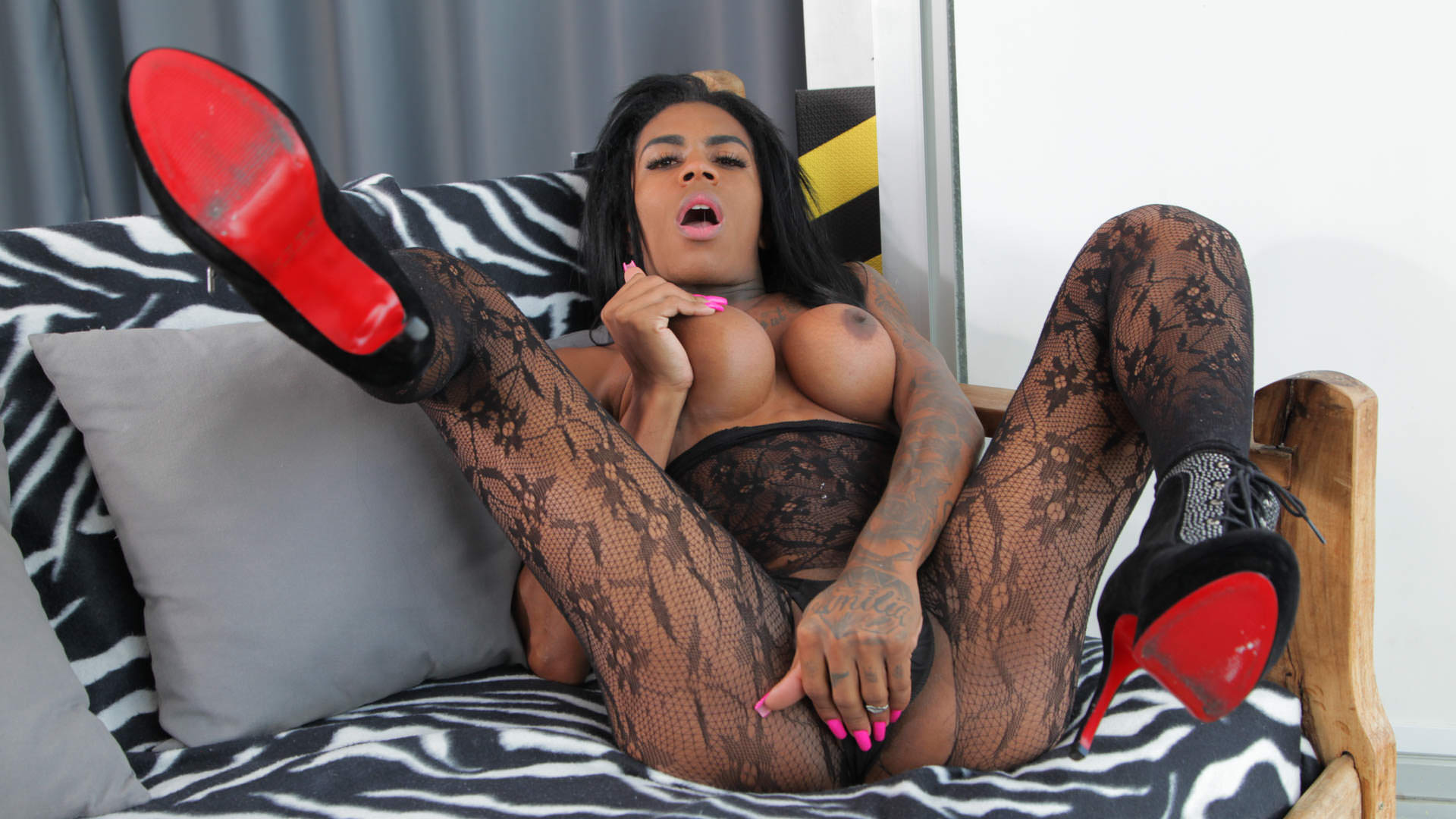 TS Sabrina Loppes Jacks Her Huge Cock - Sabrina Loppes 1